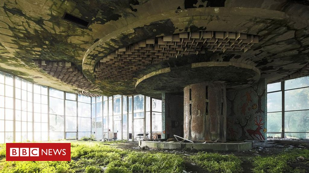 Earth Photo winners announced - BBC News